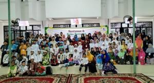 foto dokumentasi santunan yayasan berkarya Cab. Surabaya