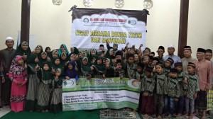 Foto Dokumentasi Kegiatan Santunan Yayasan Berkarya Cabang Kediri