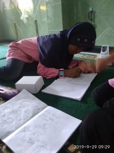 Keseriusan adik yatim dalam belajar
