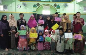 Foto dokumentasi santunan anak yatim berkarya Surabaya wilayah Unesa