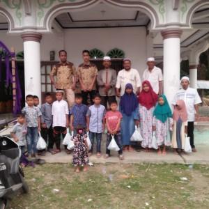 Santunan anak yatim yayasan berkarya cabang Aceh