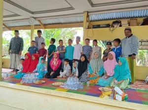 Foto dokumentasi santunan yayasan berkarya cabang Aceh