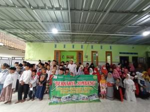 Santunan Yayasan Berkarya Jombang